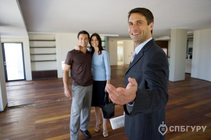У кого выгоднее купить квартиру в новостройке: у застройщика или риелтора? - Фото 1