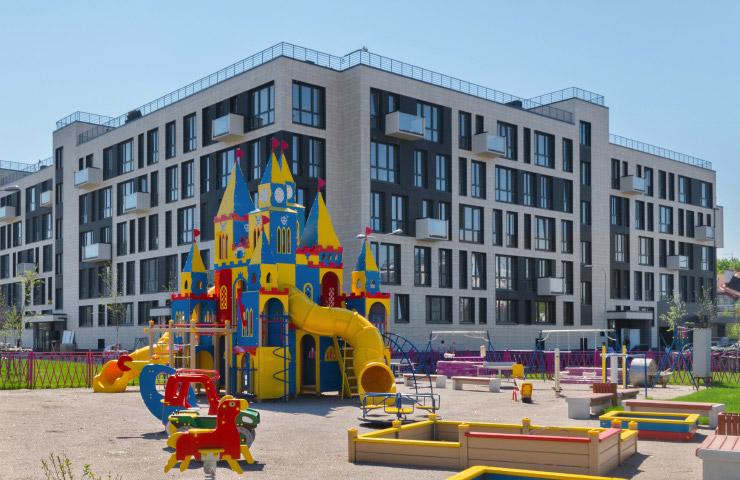 Квартиры в Дом на улице Нижне-Каменская в СПБ, Приморский район, метро Комендантский пр.