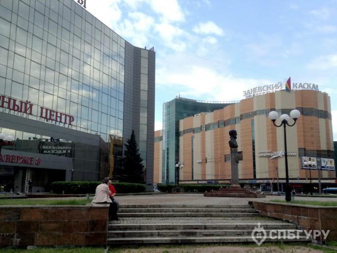 ЗимаЛето – приятный комплекс на берегу реки, недалеко от метро. - Фото 1