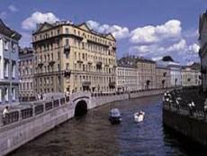 На набережной Робеспьера продали участок под строительство жилья