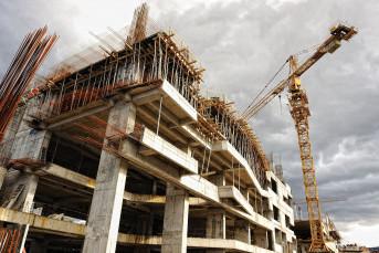 Власти Петербурга пообещали сдать 20 проблемных объектов до конца года