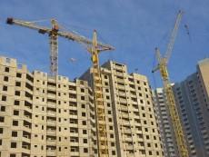 Власти Петербурга проводят конкурс на покупку 64 квартир для очередников