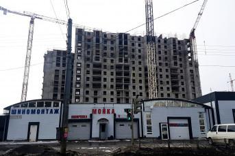 """ЖК """"Ренессанс"""": неоклассические новостройки среди постсоветской разрухи"""