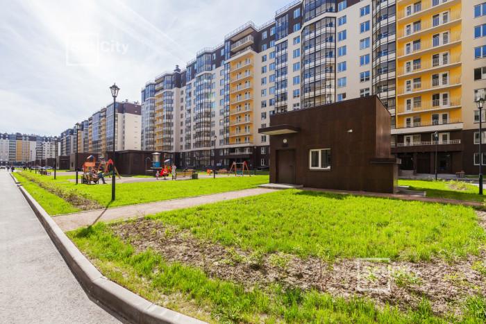"""До конца года будут сданы два корпуса жилого комплекса """"Солнечный город"""""""