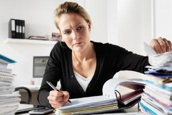 Какие документы проверить у застройщика при покупке квартиры?
