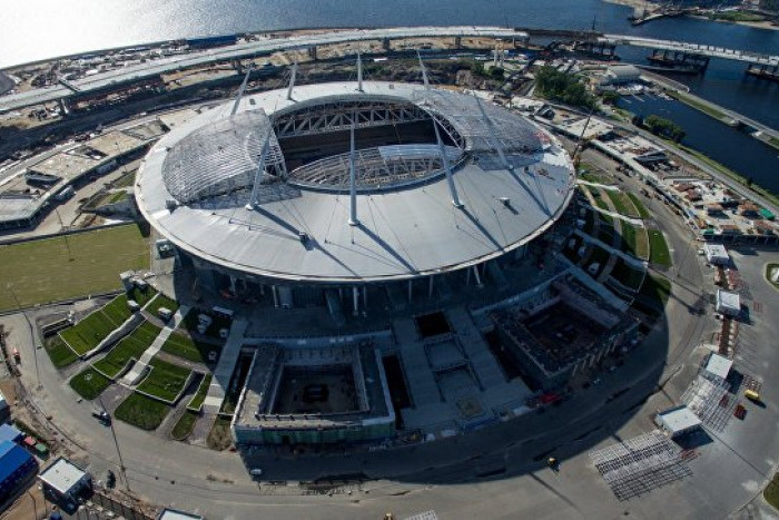 """Комиссия ФИФА обнаружила повышенную вибрацию на поле стадиона """"Зенит-Арена"""""""