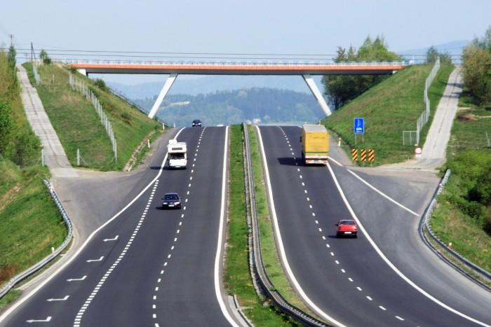 """""""Лидер Групп"""" построит в Шушарах две магистрали"""