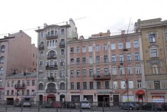 На Лиговском отреставрируют аварийный дом
