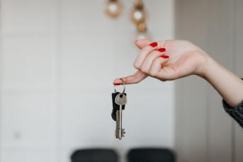 Спрос на квартиры за два года упал на треть