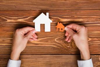 "Спрос на жилье формата ""мини"" за год упал на треть"