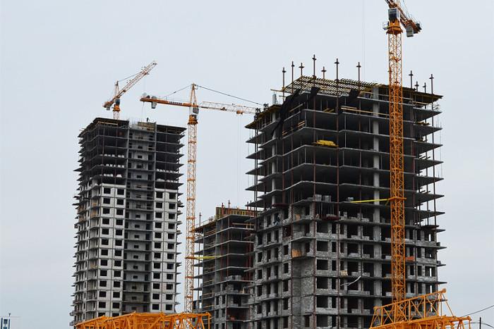 Власти поддержат падающий спрос на строящееся жилье