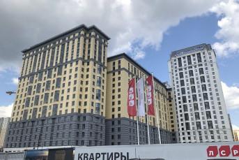 """ЖК """"Цивилизация на Неве"""": сталинский ампир в окружении промзоны"""